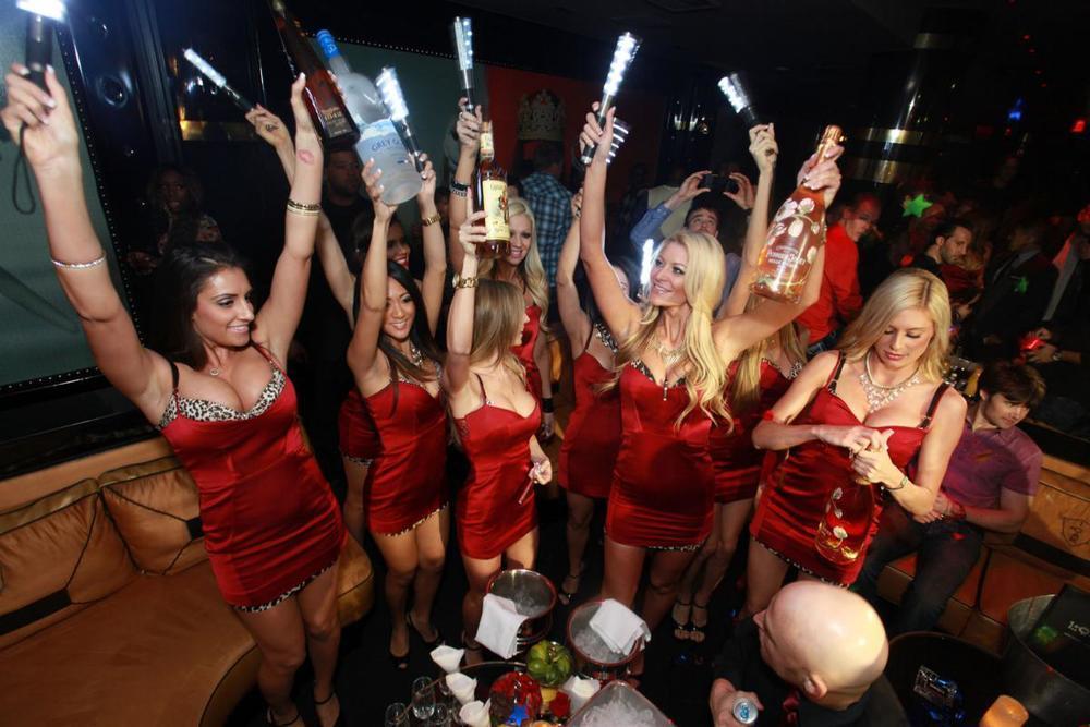 Vegas Bachelor Party: เคล็ดลับในการเป็นเจ้าภาพพนัน