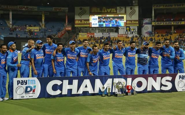 อินเดียรุกหนักกับออสเตรเลียในซีรีส์ ODI